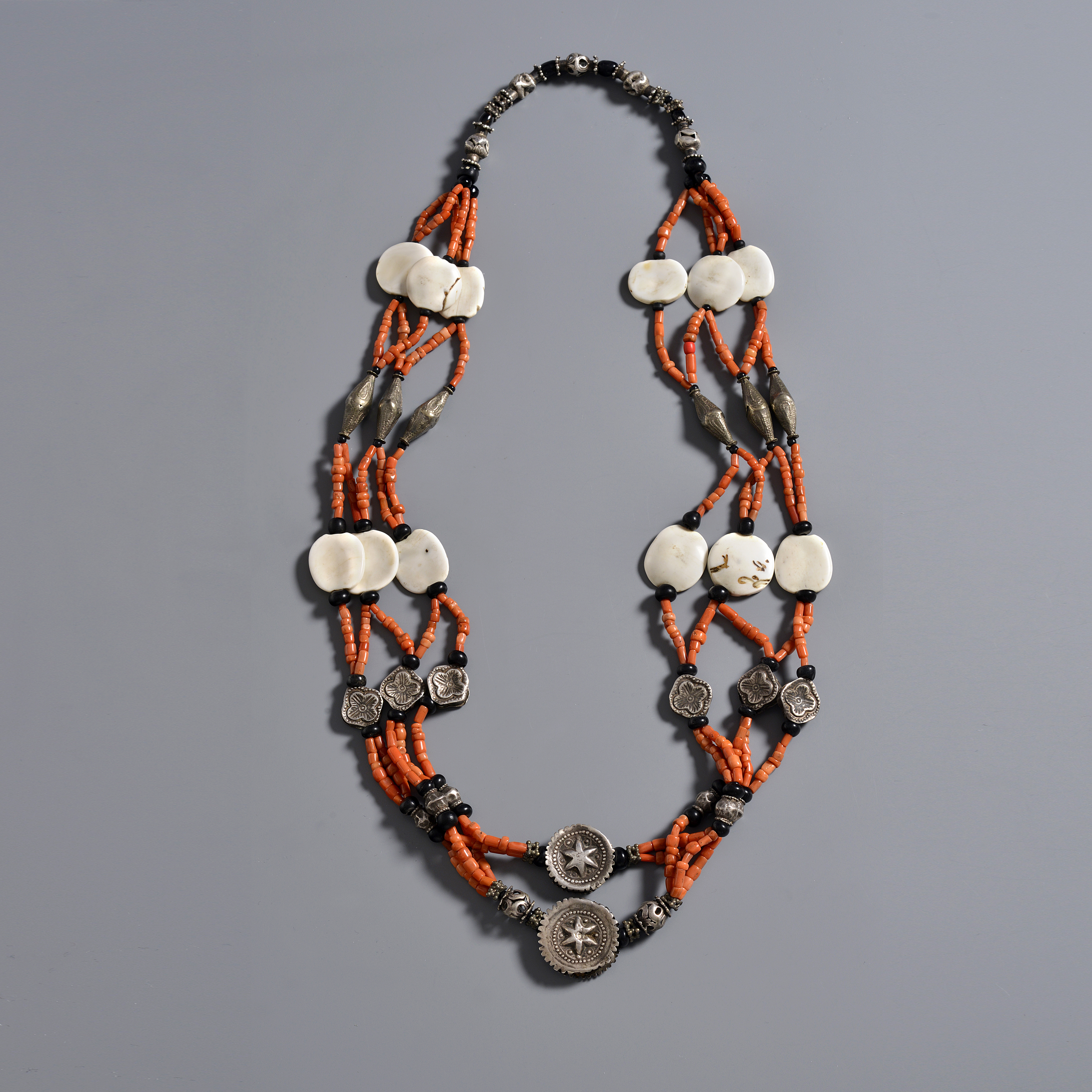 316. Mixed coral, silver and glass beads.